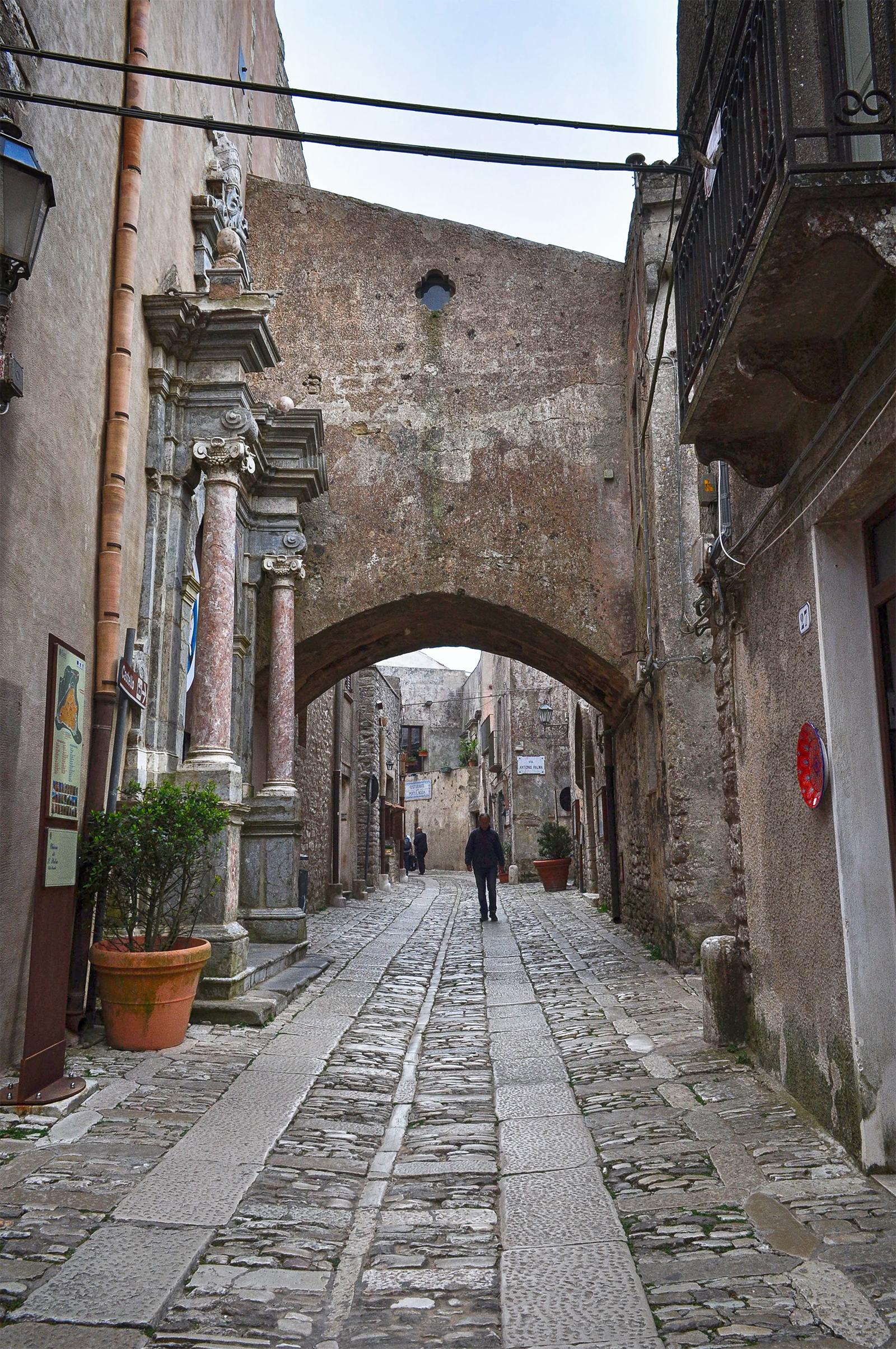 Erice miasteczko na Sycylii