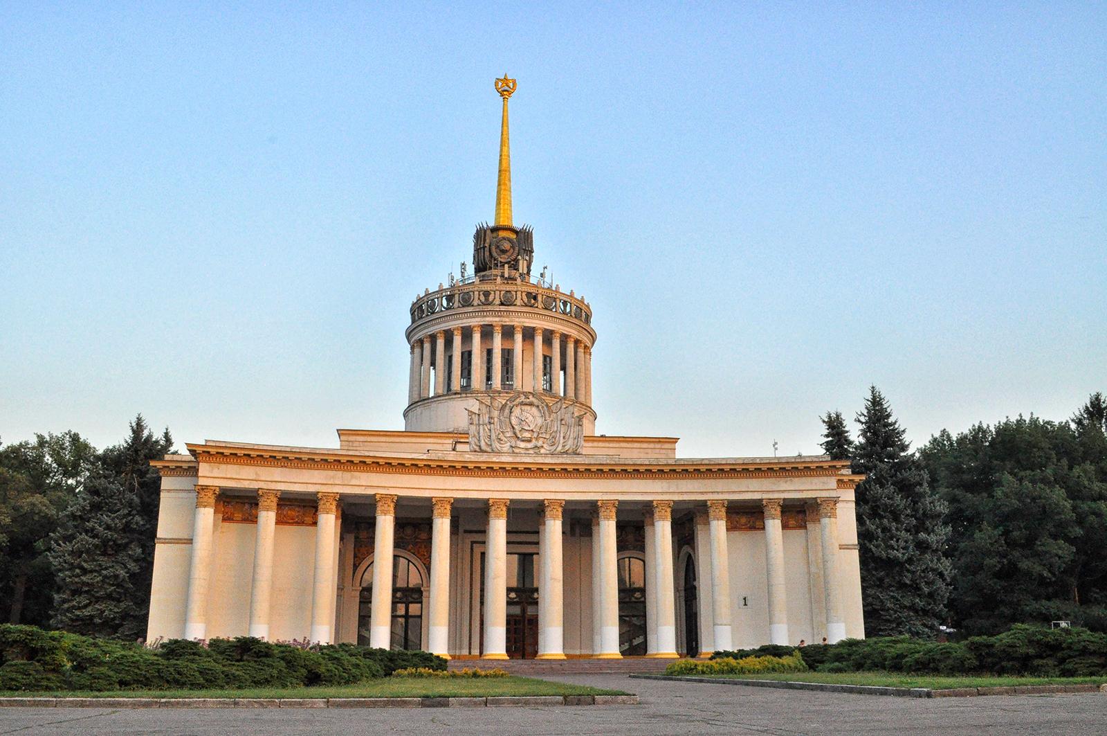 kijów szlakiem radzieckiej architektury