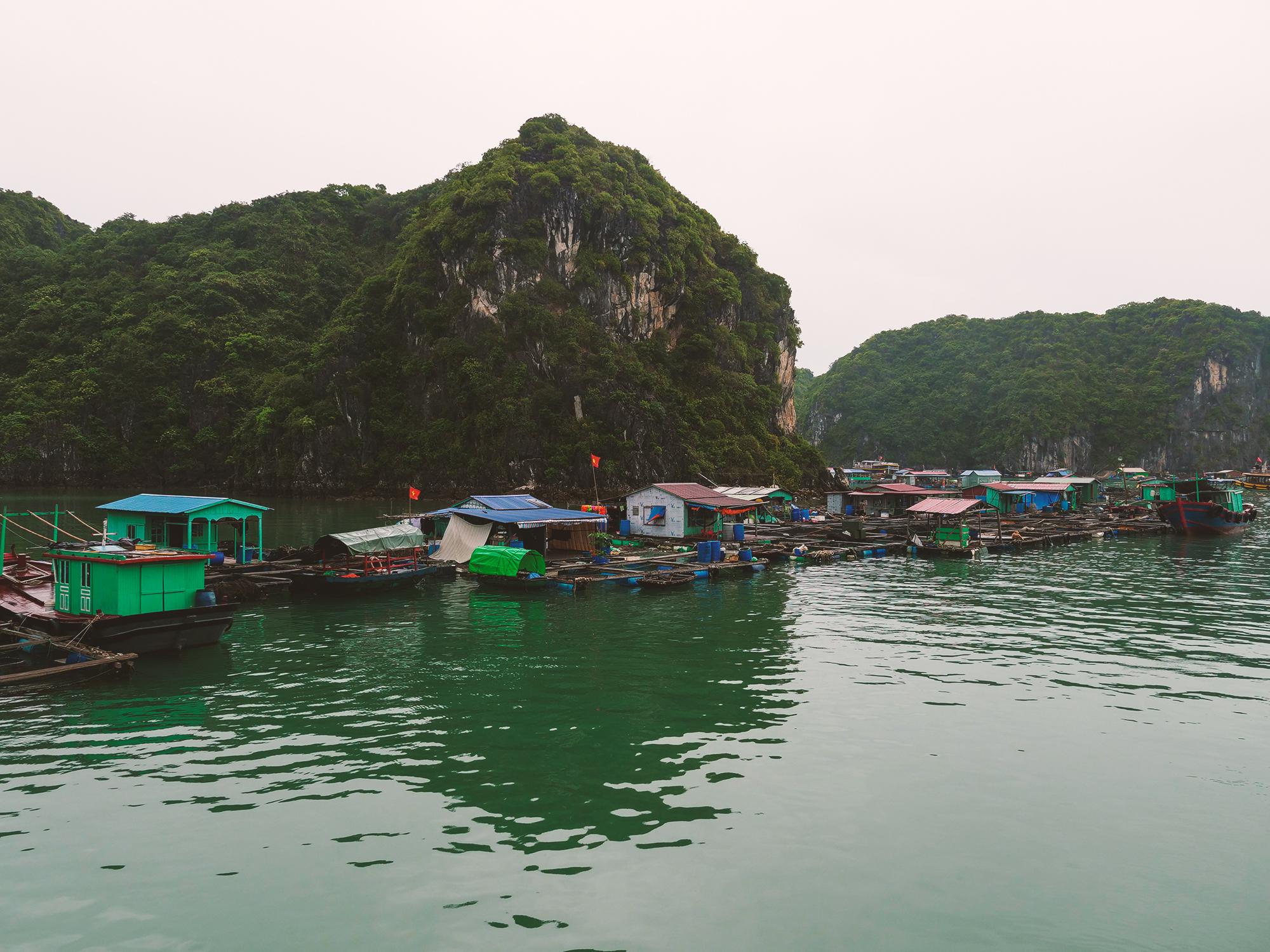 wodne wioski halong