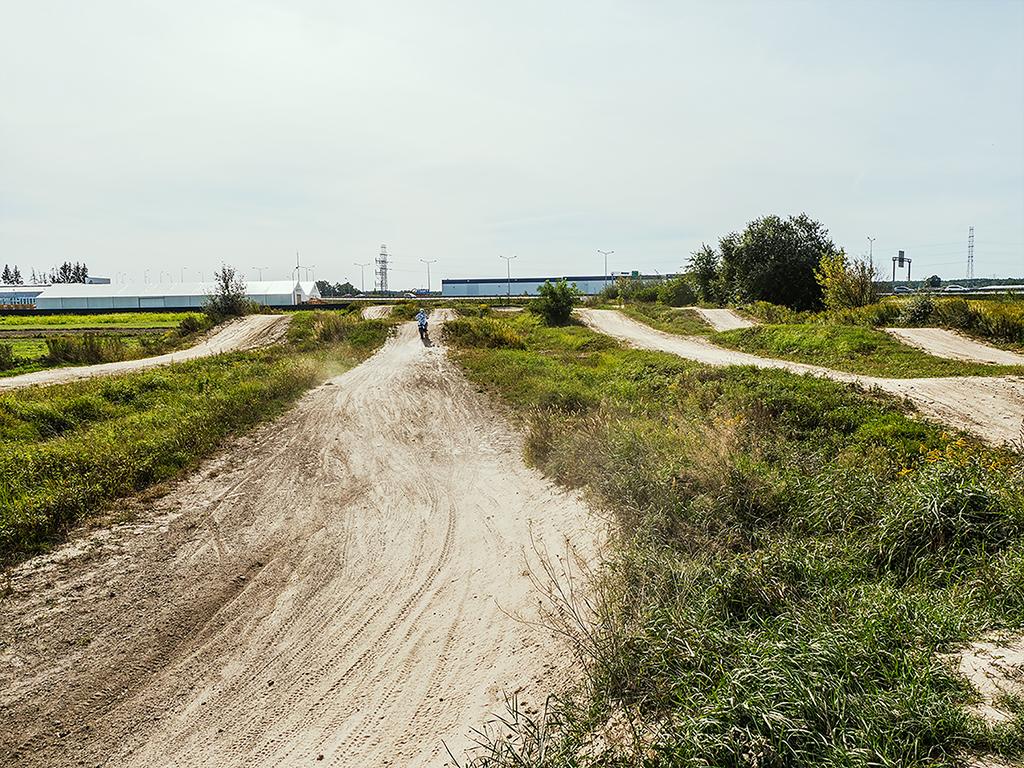 tor motocrossowy dla początkujących i zaawansowyanych