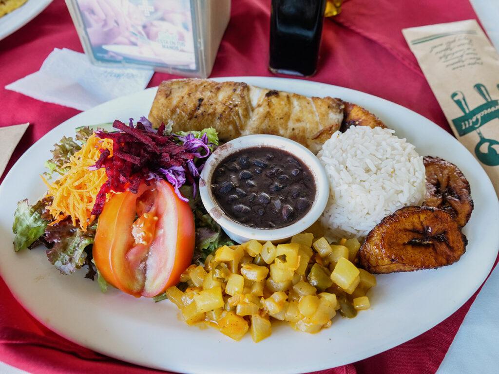 kostaryka ceny jedzenia
