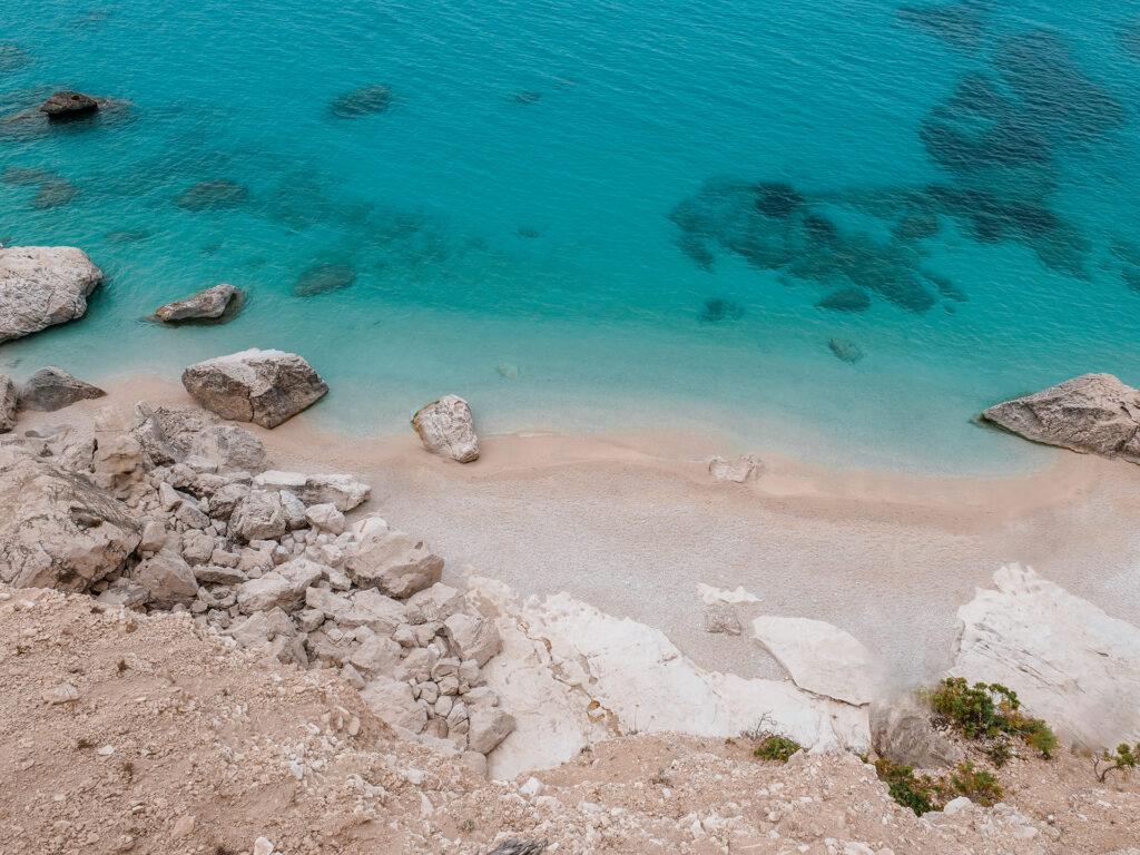 sardynia na własną rękę najpiękniejsze plaże i atrakcje