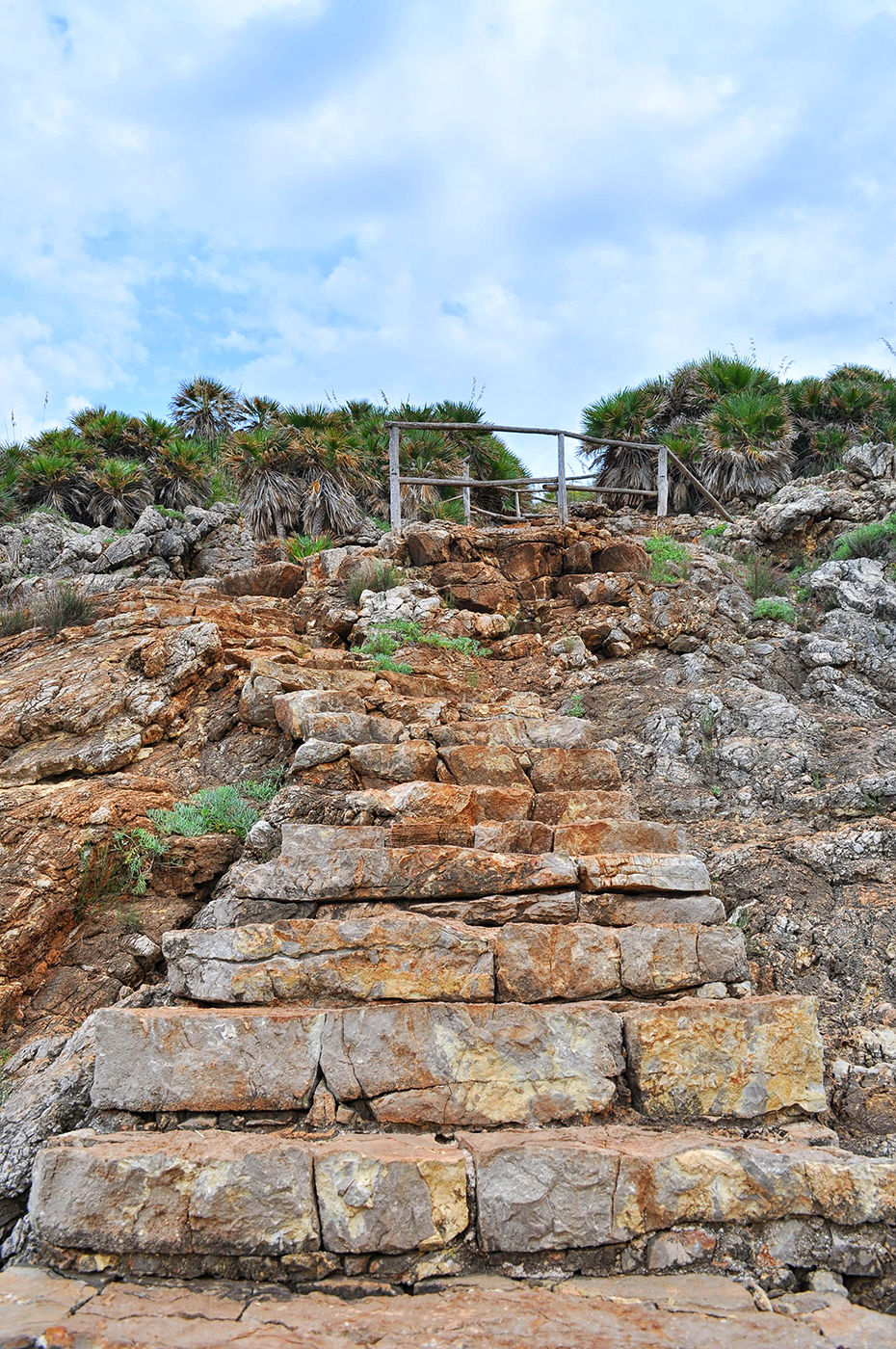 sycylia piaszczyste i kamieniste plaże